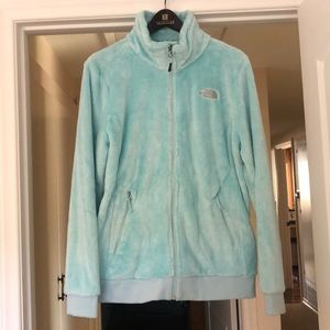✨Ice Blue North Face Fuzzy ZIP Up✨